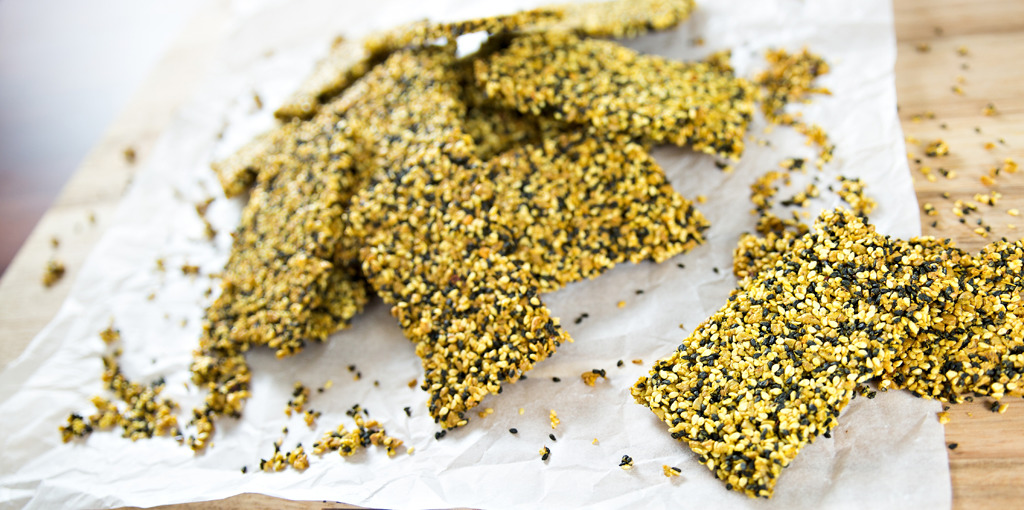 Gluten free cracker recipe with sunflower and sesame seed