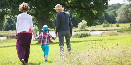 Parenting as a same-sex couple - thumbnail version