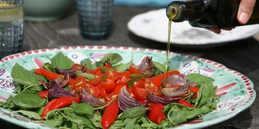 A roasted red pepper and onion salad with a Mediterranean twist - thumbnail version