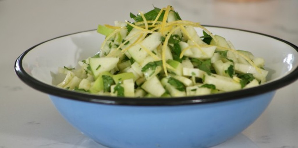 Fennel, apple and parsley salad