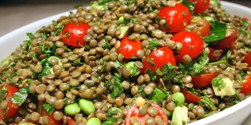 Protein-rich lentil, edamame and cherry tomato salad - thumbnail version