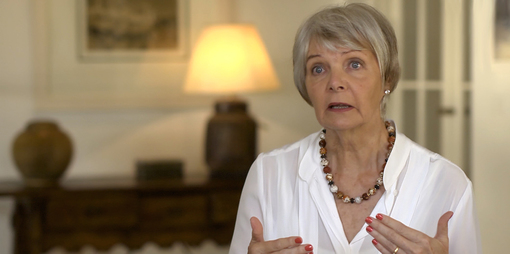 Psychotherapist Jean Gamble explains how the focus on evidence-based treatment of mental health conditions is not working.  - thumbnail version