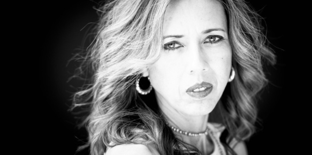 Singer, songwriter, composer and powerhouse vocalist Carola Woods shares music from the Soul for the Soul