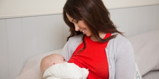 Breastfeeding and bottle feeding– a functional chore or something more? - thumbnail version