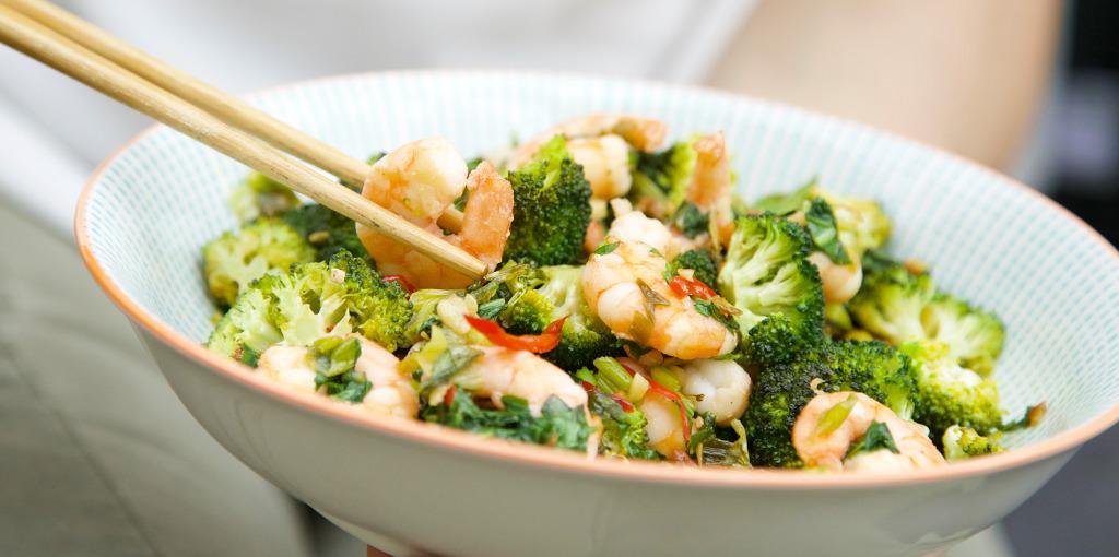 Prawn and broccoli stir-fry