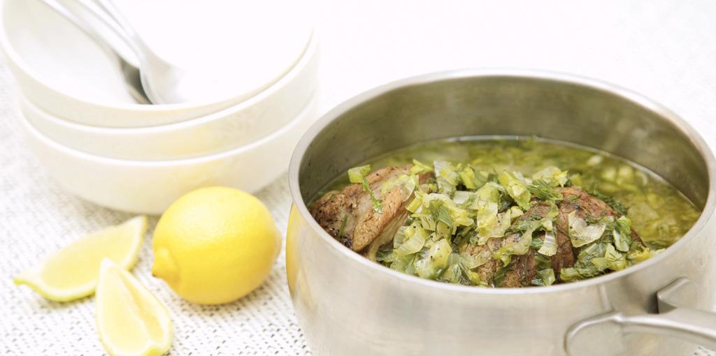 Lamb soup 'frikase'