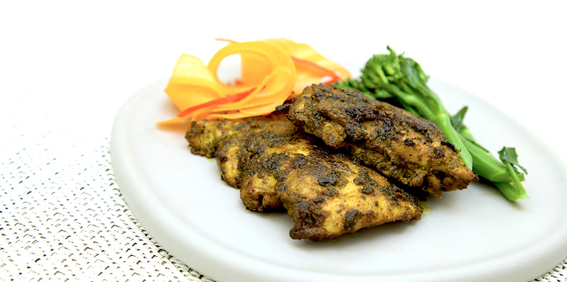 Marinated chicken in pesto and pepper - thumbnail version