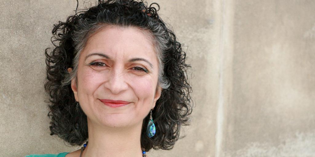 A testimonial by Golnaz Sheriatzadeh on Serge Benhayon's series of books