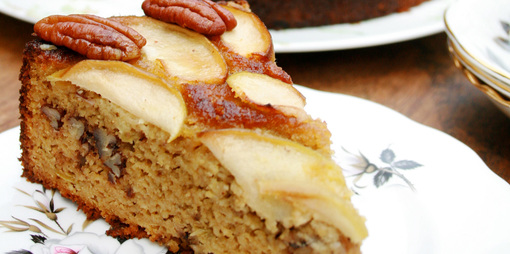 Moist almond, pecan and apple cake - thumbnail version
