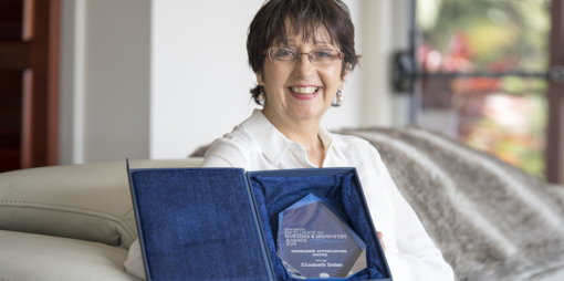 Palliative Care Nurse Elizabeth Dolan wins the NSW Health Excellence Award - thumbnail version